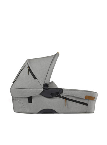 Evo Urban Nomad light grey pram body picture