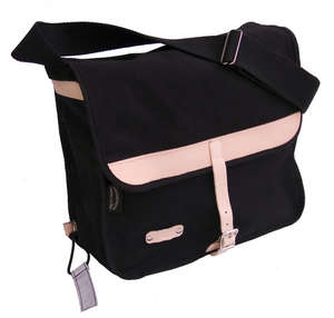 Minnehaha Canvas Shoulder Bag picture