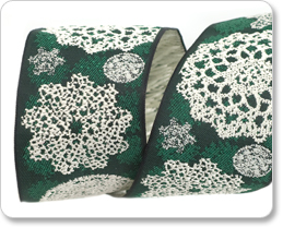 "1 1/2"" Lacy Snow Flakes in Green picture"