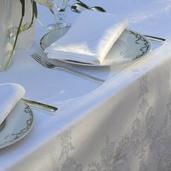 "Beauregard Blanc Tablecloth Round 77"", 100% Cotton"