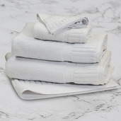 Epure Plus Bath Towel