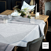 """Imperatrice Hermine Tablecloth 69""""x143"""", Green Sweet"""