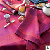 Mille Couleurs Pivoine Tablecloth Round 69, Coated Cotton
