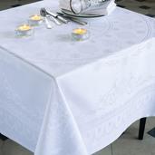 "Eloise Diamant Tablecloth 96""x125"", Green Sweet"