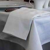 "Partridge Eye Border White Tablecloth 63""x63"", Cotton"