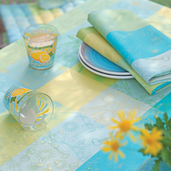 "Mille Alcees Narcisse Tablecloth 71"" Round, Cotton"