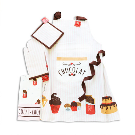 Le Chocolat Chaud Kitchen Set of 4 picture