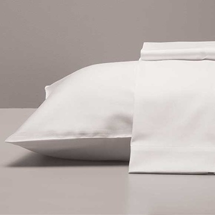 Antibes White 200TC Standard/Queen Pillow Cases-2ea picture