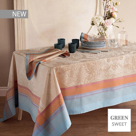 "Isaphire Iridescent Tablecloth 69""x100"", Green Sweet picture"