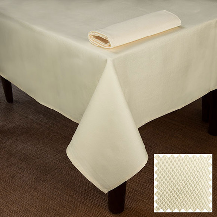 Overall Partridge Eye Ivory Tablecloth Rectangle 54x72 picture