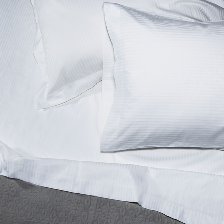Bordeaux 320TC Queen Sheet Set picture