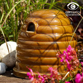 Ceramic bumblebee and Mammal Nester