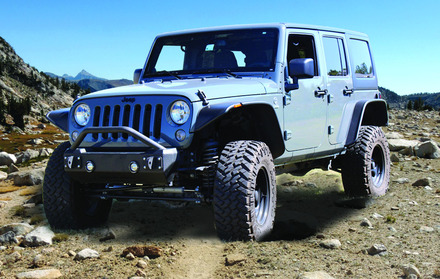 07-15 JEEP STUBBY FRONT BUMPER-NO BAR(PICTURE SHOWN WITH BAR) **LIGHT KIT SOLD SEPERATELY** picture