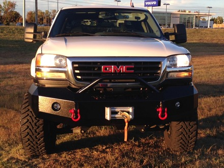 22-325-03 - 2003-2006 SIERRA HD FRONT BUMPER WITH BAR picture