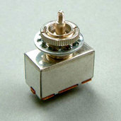 3PS1J3WTC- 3-Way Tooggle Switch- Chrome