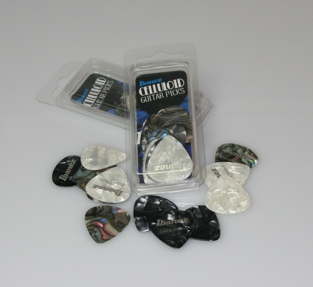 Pearl White/Black (Heavy- 1.0mm) Celluloid Pack, 12 Picks picture
