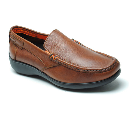 Sterling Driver Style Slip On in Tumbled Tan Leather picture