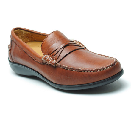 Truman Beef Roll Loafer in Burnished Chestnut Leather picture