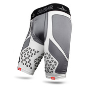 COMPRESSION CATCHING SHORTS