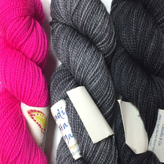 Verum Shawl Kit - Almost Pink, Graphite, Ink