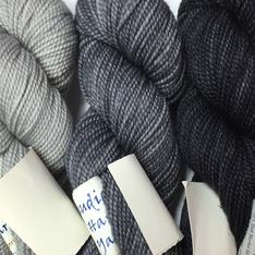 Verum Shawl Kit - Silver Shimmer, Graphite, Ink