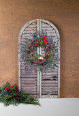LIGHTED CHRISTMAS WREATH SHUTTER