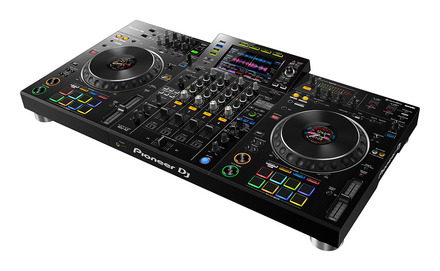 XDJ-XZ Professional all-in-one DJ system picture