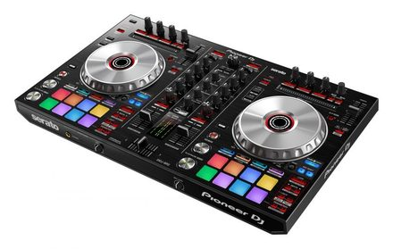 DDJ-SR2 PERFORMANCE DJ CONTROLLER FOR SERATO DJ picture