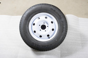 Spare Tire 5965 [White Rim with Radial Tire]