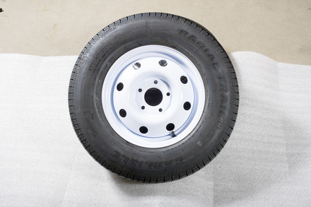 Spare Tire 5965 [White Rim with Radial Tire] picture