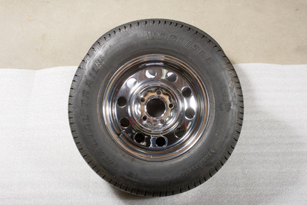 Spare Tire 5968 [Chrome Rim with Radial Tire] picture