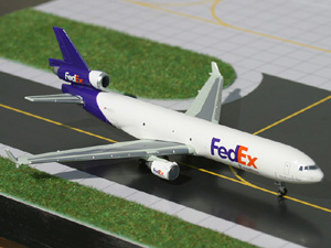 FedEx MD-11 picture