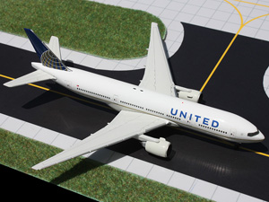 GeminiJets 1:400 United 777-200ER picture