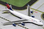 GeminiJets 1:400 Delta Air Lines Boeing 747-400