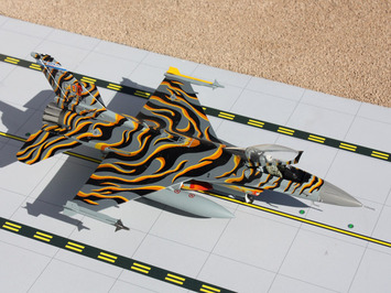 "GeminiACES 1:72 US Air Force F-16 ""Colorado ANG"" picture"