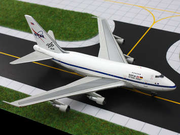 GeminiJets 1:400 NASA/Sofia 747SP picture