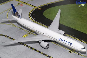 Gemini200 United Airlines 777-300ER picture