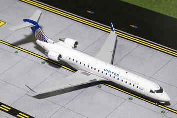 Gemini200 United Express CRJ-700 picture
