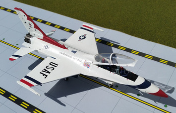 """GeminiACES 1:72 U.S. Air Force F-16D """"Thunderbirds #4"""" picture"""