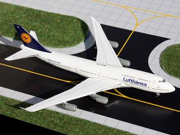 GeminiJets 1:400 Lufthansa 747-400 picture