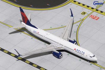 GeminiJets 1:400 Delta Air Lines 737-900ER(S) picture