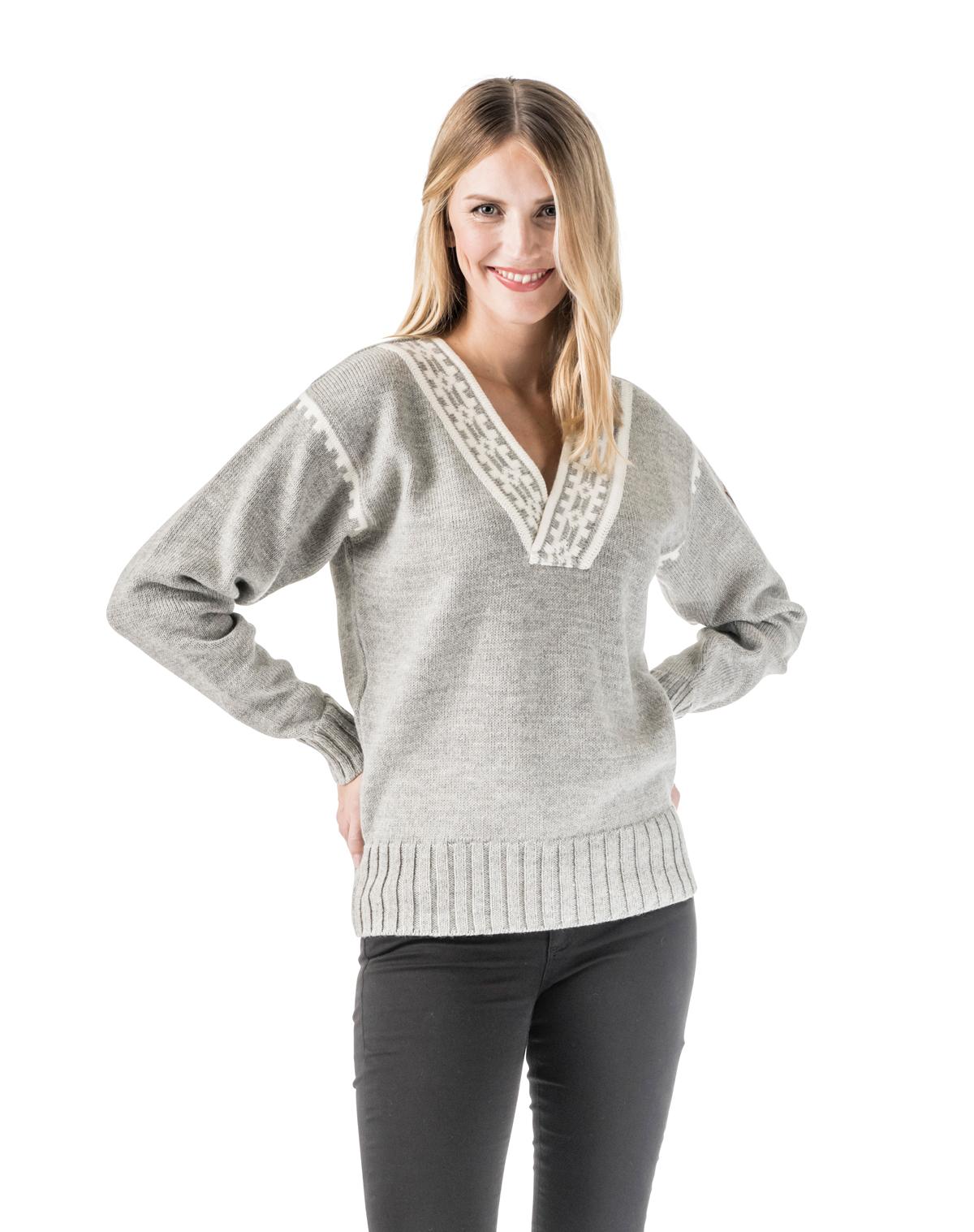 Alpina Feminine Sweater