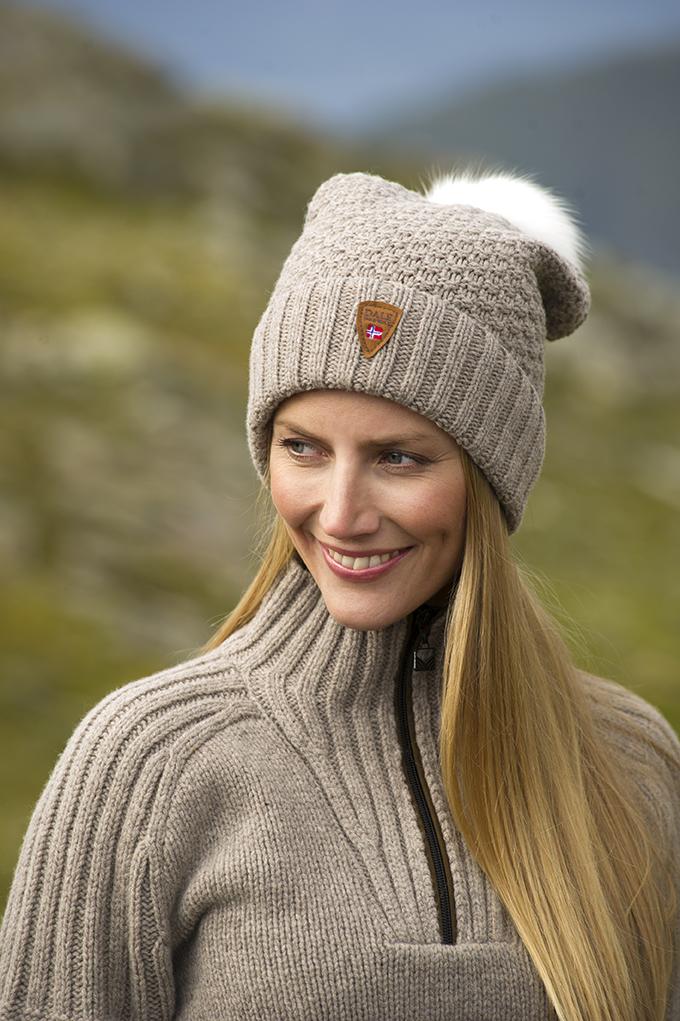 Ulv Feminine Hat (1)