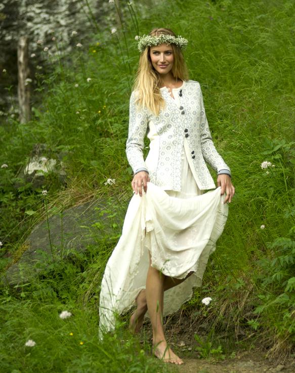 Singsaker Feminine Jacket (2)