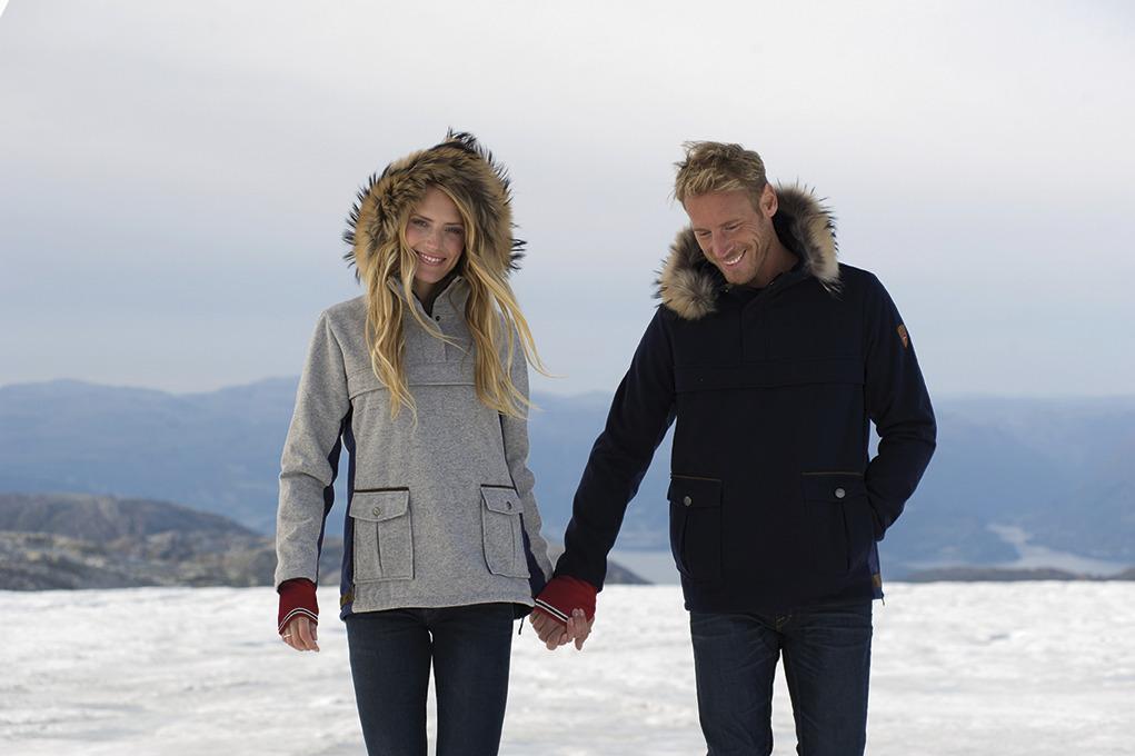 Fjellanorakk Weatherproof Feminine Jacket (2)
