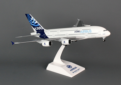 Skymarks Airbus A380-800 H/C New Colors 1/200 W/GEAR picture