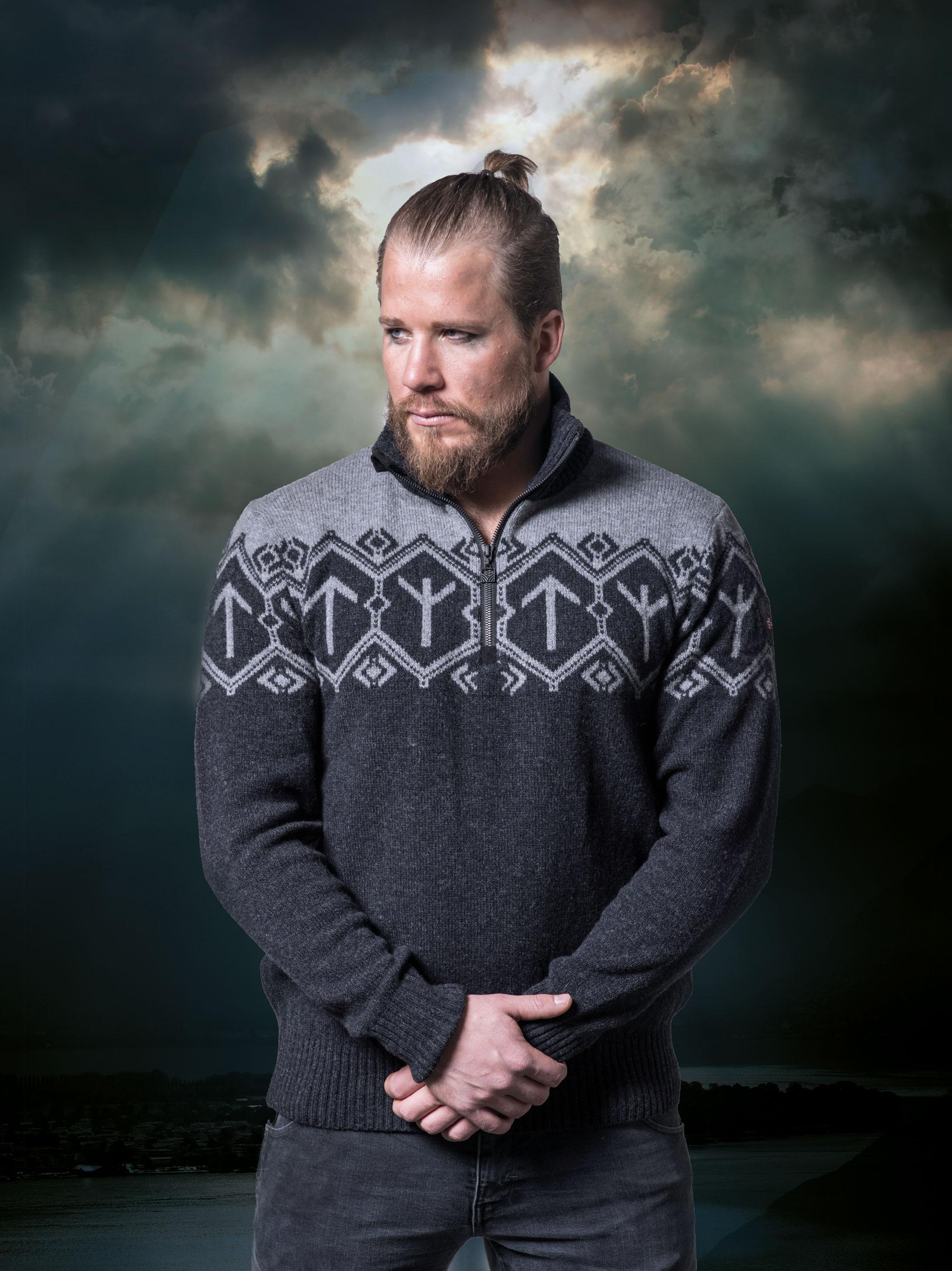 Tor men's sweater (1)