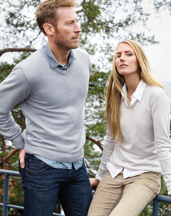 Astrid women's sweater (2)