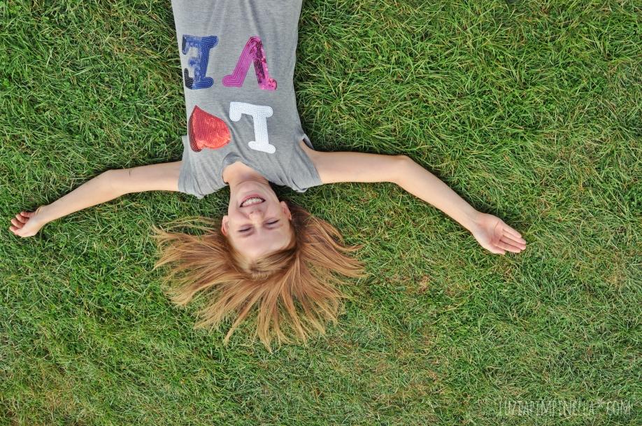 Spring_Girl_Lawn