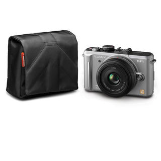 NANO VII CAM. POUCH BLK. STILE